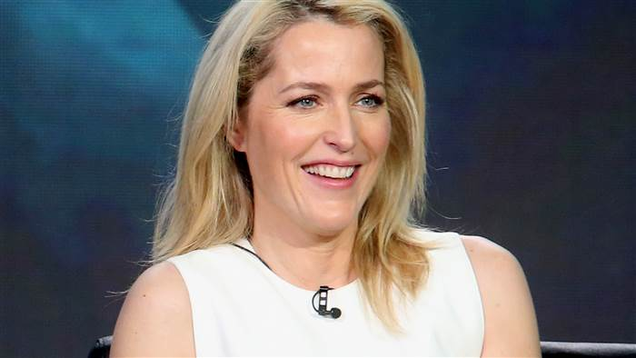 gillian-anderson-today-160122-tease-01_141aa6dae346686a7a75ad99a80c5a38.today-inline-large