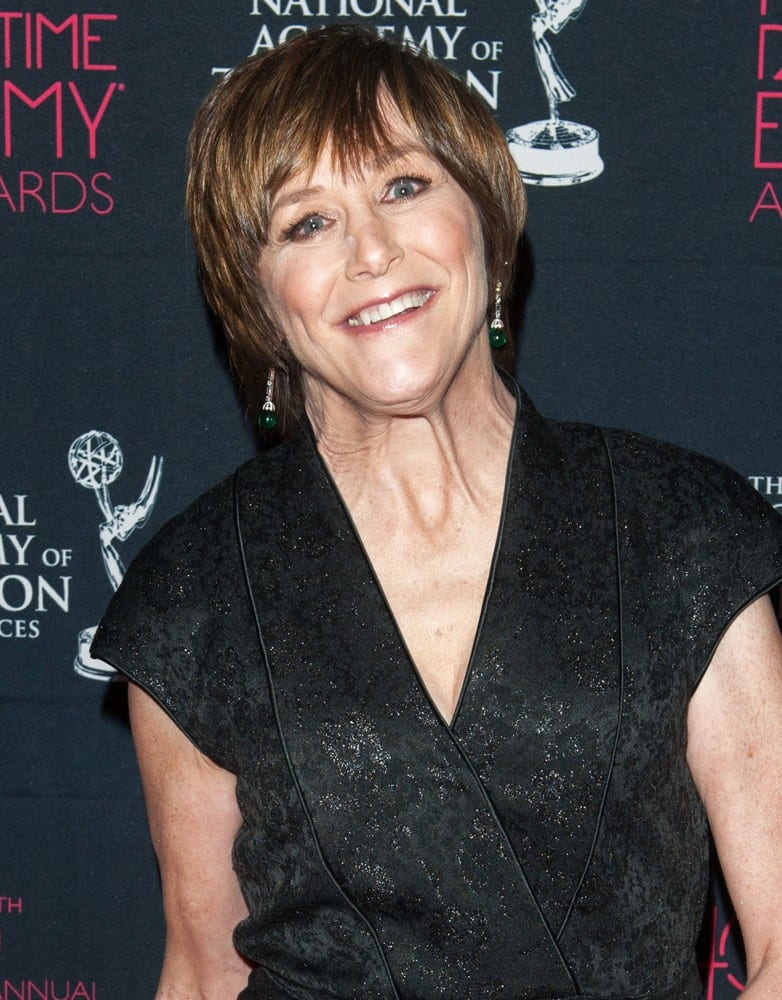 geri-jewell-40th-annual-daytime-entertainment-creative-arts-emmy-awards-02