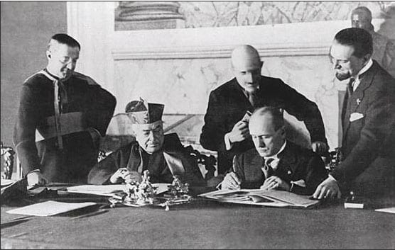 11228543892110_signing_the_lateran_treaty_picture