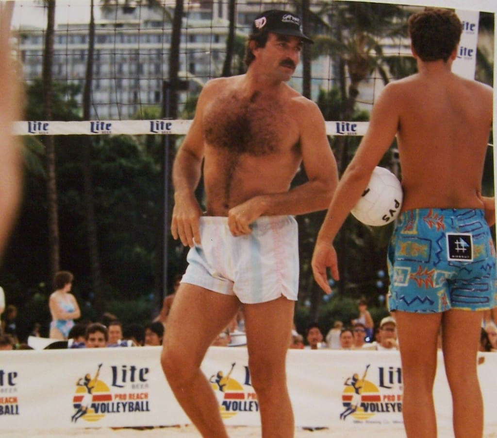 6-Selleck-playing-volleyball