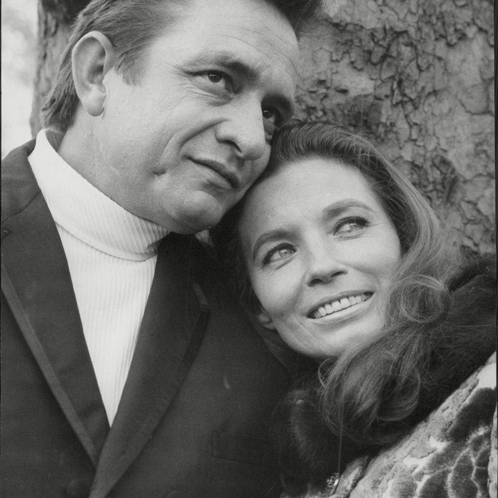 Young Johnny Cash And Vivian Country singers muses ...