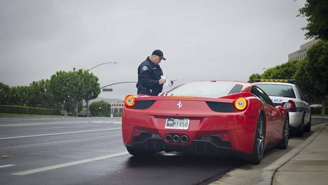 ticket ferrari.jpg.653x0_q80_crop-smart