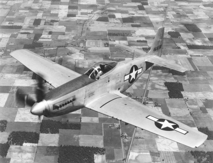 13-bubble-canopy-P-51-Mustang-flying