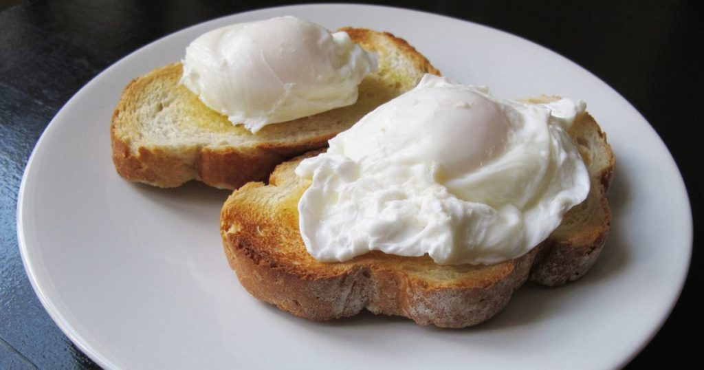 Two-Poached-Eggs-on-Toast