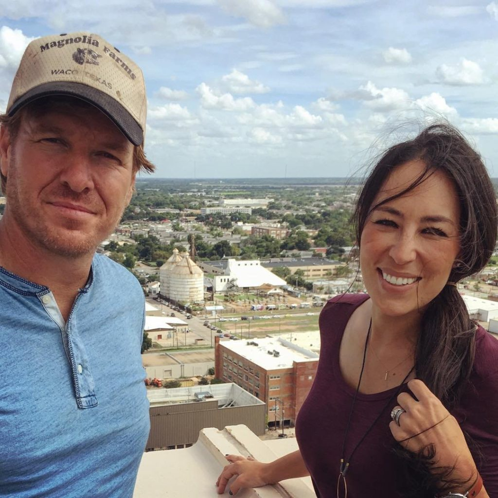 The Untold Truth Behind Chip And Joanna Gaines And Fixer