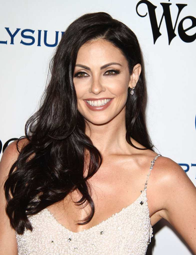 summer-altice-at-the-art-of-elysium-2016-heaven-gala-in-culver-city-01-09-2016_1
