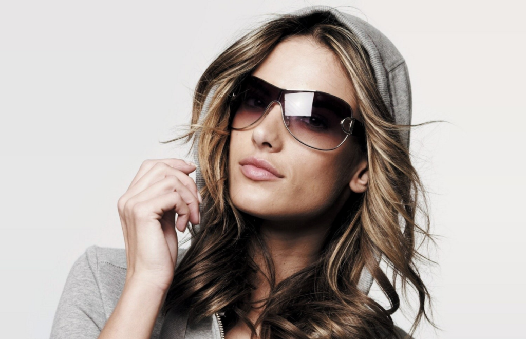 women-sunglasses
