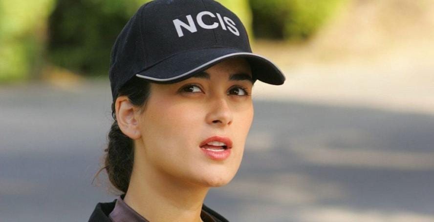 Female stars of NCIS in real life  158044198abe